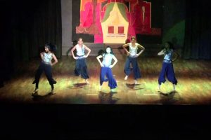 South Island School Diwali Night 2015 – Year 8's Dance